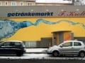 Schriftenmalerei am Getränkemarkt