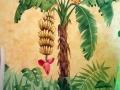 Wandmalerei mit Bananenbaum, Staude und Papagei
