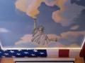 Deckenmalerei mit Freiheitsstatue im Wolkenhimmel
