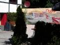 Bemalte Gartenwand mit Route 66 Motiv