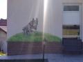 Fassadenmalerei, Tier und Jagdmalerei mit springendem Schäferhund